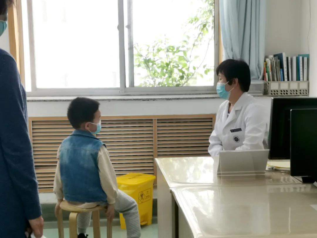 """我是医者丨""""来这儿看病,就像在自己家一样好!""""我院儿科获称赞"""