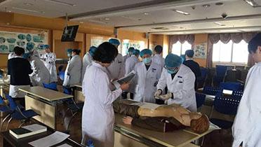 海港医院进行基本技能考试,苦练勤学为患者提供优质服务